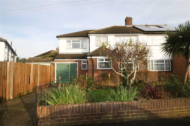 4 bed property for sale in Forge Lane, Feltham