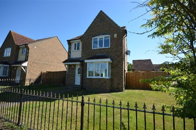 Thumbnail Property to rent in Watermead, Aylesbury, Buckinghamshire