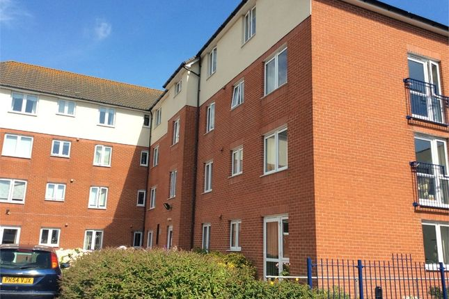 Thumbnail Flat for sale in Beach Road, Lee-On-The-Solent, Hampshire