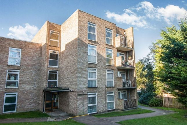 1 bed flat for sale in Cheam Road, Sutton