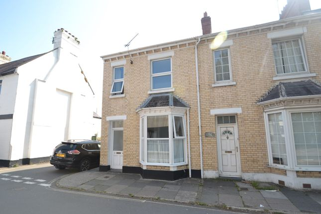 Thumbnail End terrace house to rent in Victoria Lawn, Barnstaple