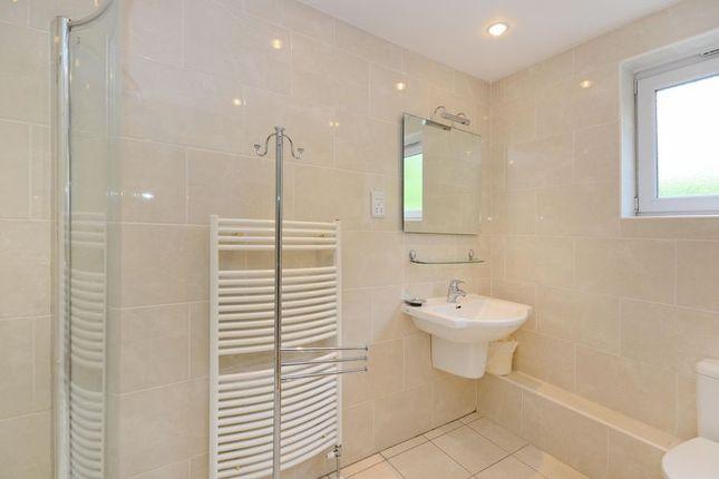 En-Suite of Rivendell, Derriman Glen, Ecclesall, Sheffield S11