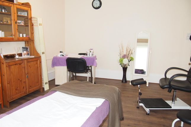 Photo 3 of Hair Salons DN22, Nottinghamshire