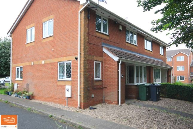 2 bed town house to rent in Signal Grove, Bloxwich WS3