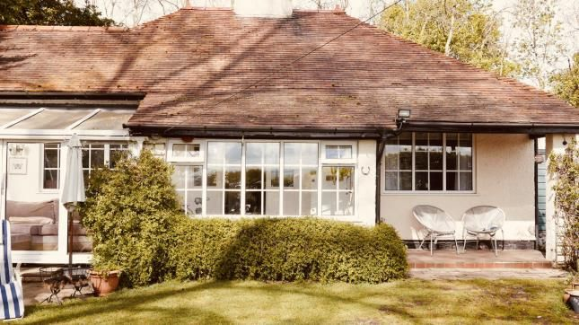 Thumbnail Bungalow for sale in Broad Lane, Heswall, Wirral, Merseyside