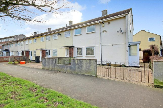 Picture No. 13 of Penhill Drive, Swindon, Wiltshire SN2