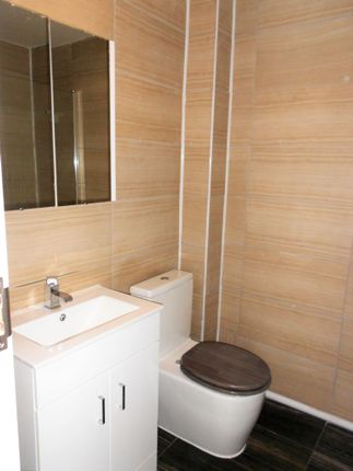 Thumbnail Flat to rent in Newlands Street, London