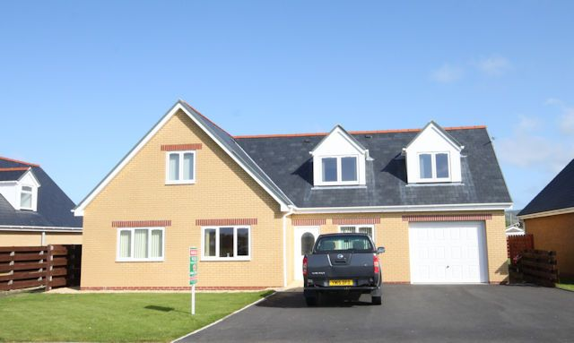 Thumbnail Detached house for sale in Corbett Avenue, Tywyn, Gwynedd