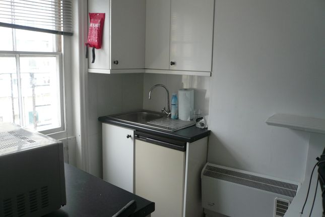Thumbnail Studio to rent in 14 St Georges Terrace, Brighton