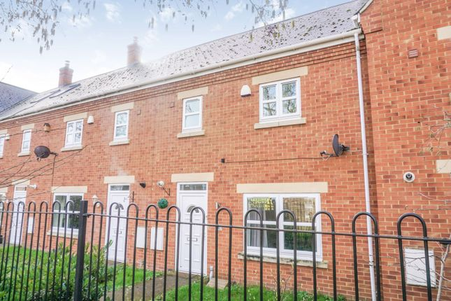 Thumbnail Terraced house for sale in Milestones, Biggleswade
