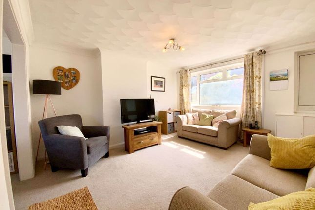 Thumbnail Property to rent in Catkin Drive, Penarth, Cardiff