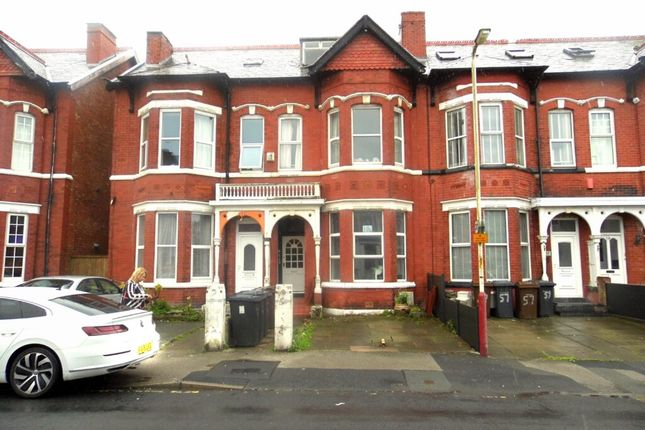 2 bed flat for sale in King Street, Southport PR8