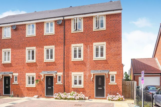 Front of Hollybrook Mews, Yate BS37