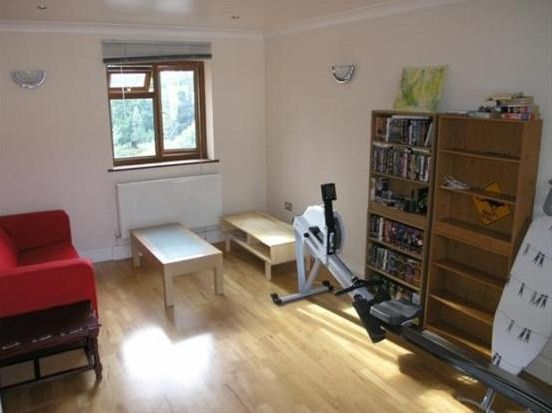 Thumbnail Terraced house to rent in Kashmir House 66 Gibbon Road, Nunhead