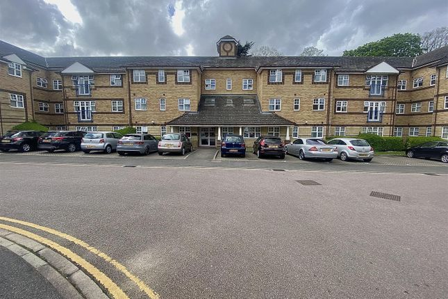 1 bed flat for sale in Earls Meade, Luton LU2