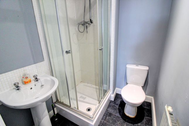 En-Suite of Walker Road, Walsall WS3