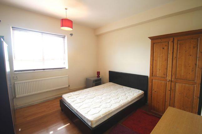 Thumbnail Flat to rent in Pancras Road, Kings Cross