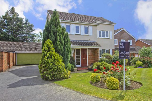 Thumbnail Link-detached house for sale in Courtlands Close, Ruislip