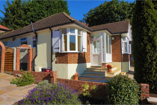 Thumbnail Bungalow for sale in Cranleigh Close, Bexley