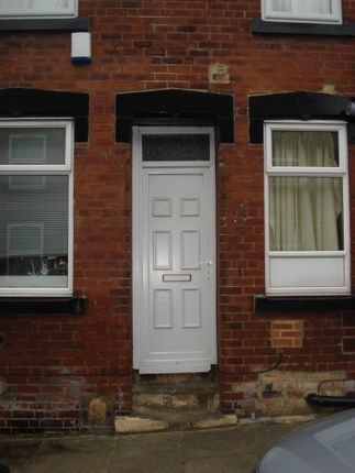 2 bed terraced house to rent in Autumn Avenue, Hyde Park, Leeds