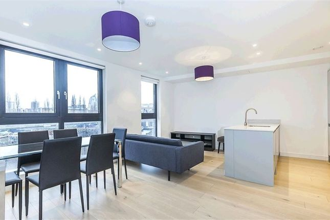 Thumbnail Property to rent in Cheshire Street, London