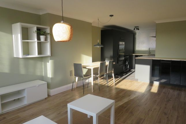 Thumbnail Flat to rent in Belmont Hill, St.Albans