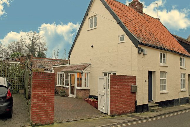 Thumbnail Cottage to rent in Rectory Street, Halesworth