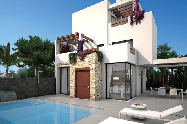 2 bed villa for sale in Calle Alicante, 03178 Cdad. Quesada, Alicante, Spain