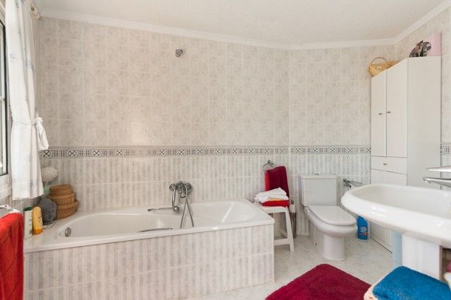Bathroom of Spain, Málaga, Mijas, Campo Mijas