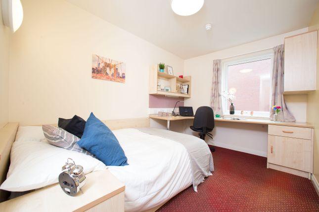 Thumbnail Flat to rent in Victoria Street, Preston