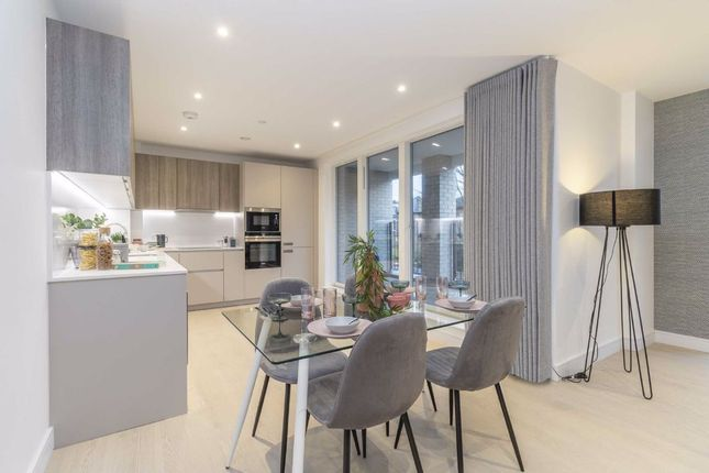 Thumbnail Flat for sale in The Avenue, The Avenue, Brondesbury Park
