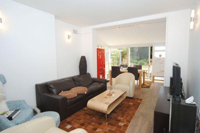 Thumbnail Flat to rent in Cavendish Avenue, London