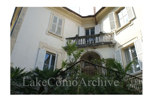 3 bed villa for sale in Argegno, Lake Como, Italy