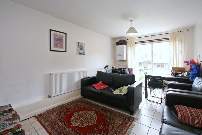 Thumbnail Property to rent in Swanfield Street, Shoreditch
