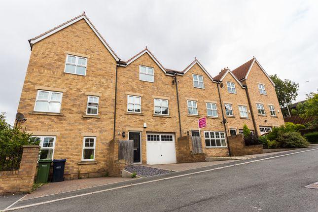 Thumbnail Town house to rent in Bensham Road, Gateshead