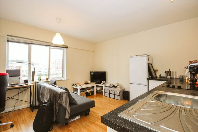 Thumbnail Flat to rent in Jessop Court, Ferry Street, City Centre, Bristol