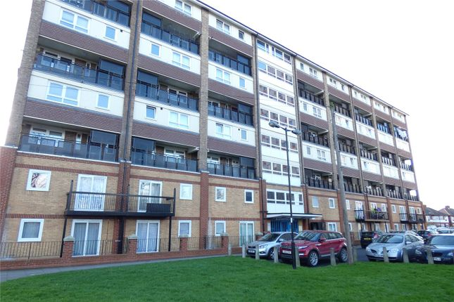 Thumbnail Flat for sale in Hereford House, Cameron Close, London