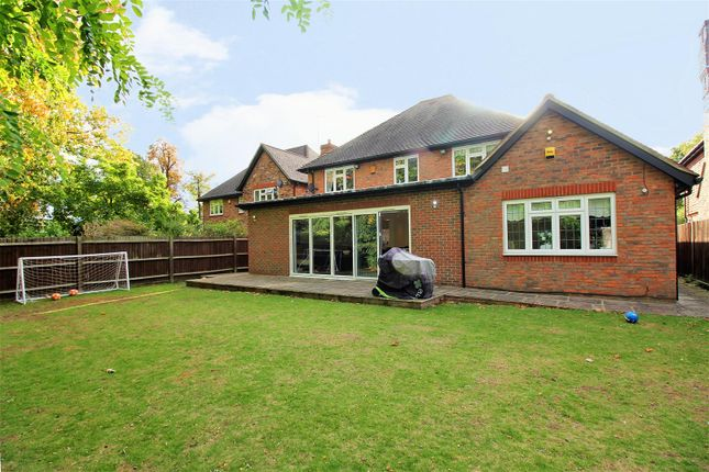 Thumbnail Detached house for sale in Shears Close, Dartford