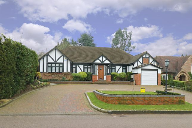 Thumbnail Detached bungalow for sale in The Warren, Radlett