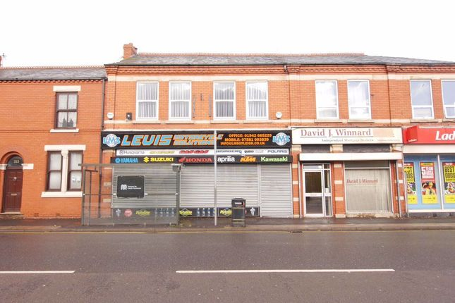 Thumbnail Flat to rent in Chapel Street, Leigh