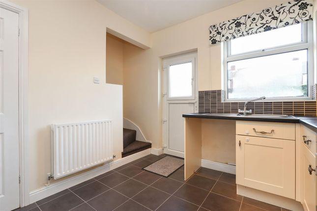 Kitchen3 of Hipper Street West, Brampton, Chesterfield S40