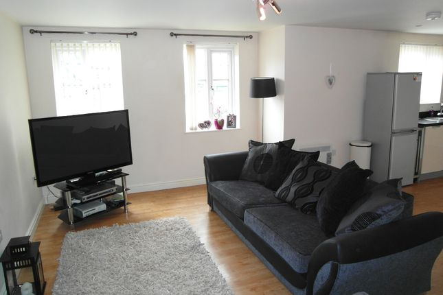 Thumbnail Flat to rent in Clayton Fold, Burnley
