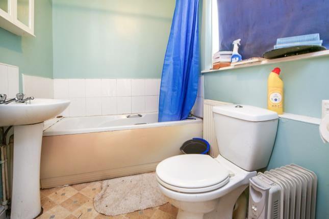 Bathroom of Grass Street, Darlington DL1