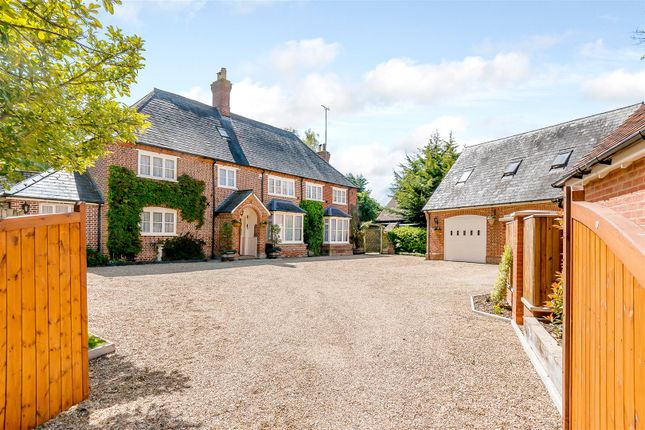 Thumbnail Property for sale in Manor Road, Barton-Le-Clay, Bedford