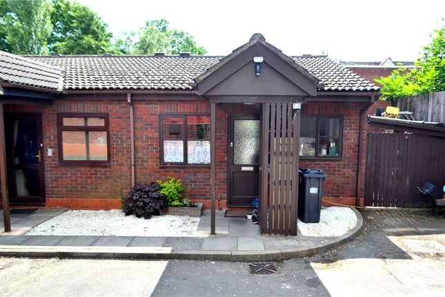Thumbnail Bungalow for sale in Walnut Drive, Lillington, Leamington Spa, Warwickshire
