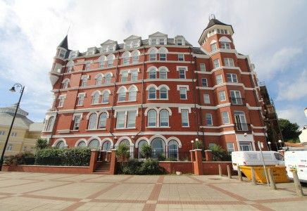 Thumbnail Flat to rent in Rental 15 Central Apartments Douglas, Isle Of Man