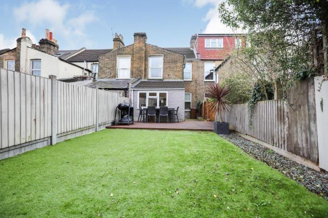 Garden of Murchison Road, London E10