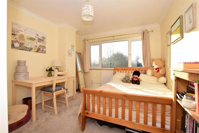 Bedroom 2 of Eagle Close, Larkfield, Aylesford, Kent ME20