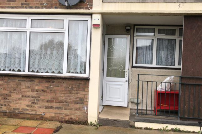 Thumbnail Flat to rent in Leyburn Crescent, Harold Hill, Romford