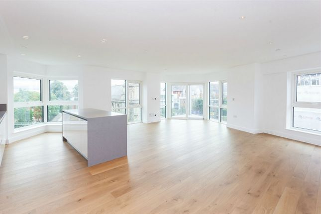Thumbnail Flat for sale in Vista House, Dickens Yard, Longfield Avenue